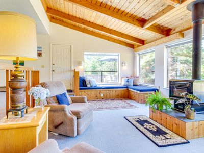 Photo for Sunny home w/ private hot tub & deck, shared pools & saunas - 2 dogs welcome!