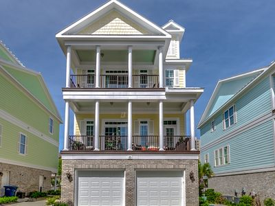 Landyns Beach House w/ Elevator in the Golden Mile by Luxury Beach Rentals!