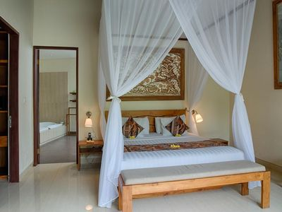 Photo for 4 BR Royal Private Vila Nice Paddies View