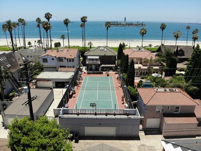 Photo for ISOLATE at OCEAN front private TENNIS court house.