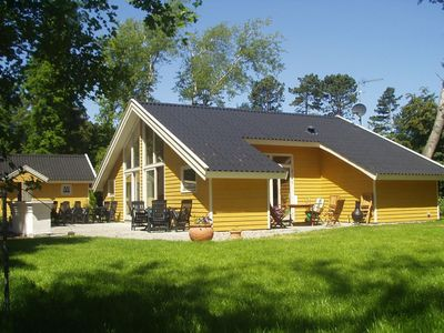 Photo for Cottage for 12 people in 6 rooms, all appliances and sauna. Enclosed garden