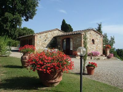 Photo for Lovely cottage with panoramic pool. Just 1 km far from the village Casole.