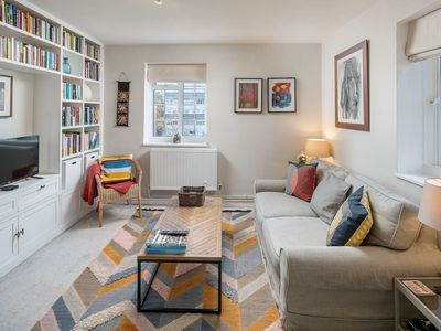 Photo for 2 bed flat w/balcony in the heart of Maida Vale