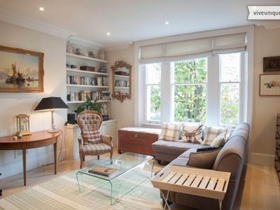 Photo for UP TO 20% OFF - A beautiful Chiswick home moments from the River Thames (Veeve)