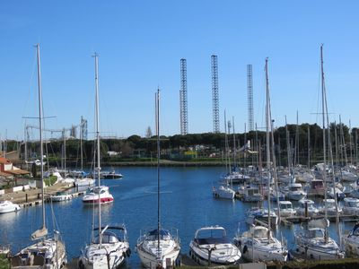 Photo for Bright apartment 58 m² + terrace 5 m² view on port and marina WIFI TNT