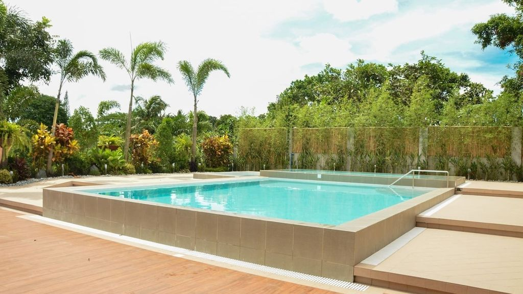 Relaxing Guest House with Private Pool and Garden - Tagaytay