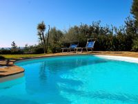 Lovely sized villa with amazing views of the bay
