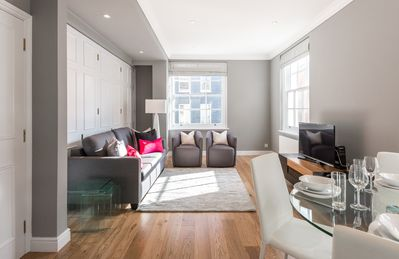 Photo for Large Mayfair 2 bed 2 bath Flat
