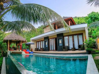 Photo for Beautiful 2 bedroom infinity pool villa