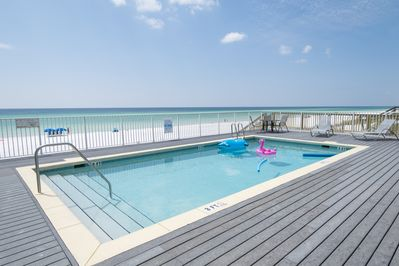 Gulf front pool!