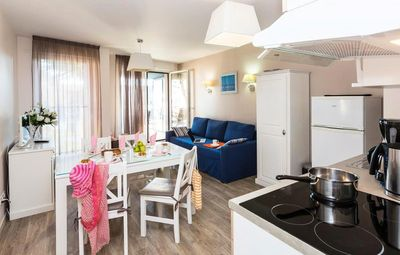 Photo for Residence Odalys de la Plage **** - 2 rooms sleeping corner sleeps 6 sea side