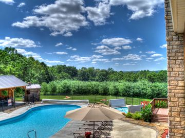 FEATURED on HomeAways Exclusive Luxury Site-Ohio Luxury Lodging Official Member