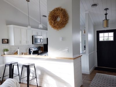 Photo for Uptown Cottage- newly renovated, super cute