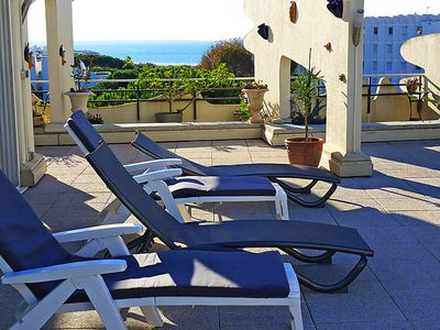 Photo for 2 bedroom Apartment, sleeps 4 in La Grande-Motte with Pool, Air Con and WiFi