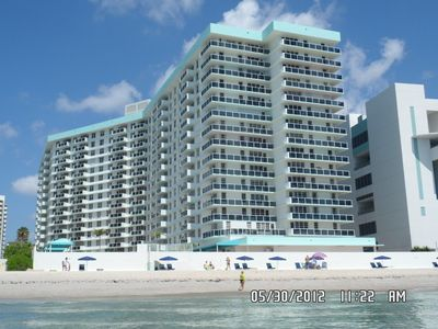 Photo for Oceanfront 3/2 free parking and WiFi with washer/dryer,Private beach downstairs