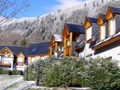 Photo for Comfortable Triplex Saint Lary Soulan a une minute telecabines.