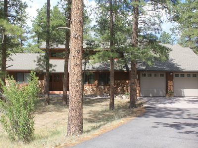 Photo for Ponderosa Pines Lodge, Beautiful and Spacious Home, Pet friendly,  sleeps 13
