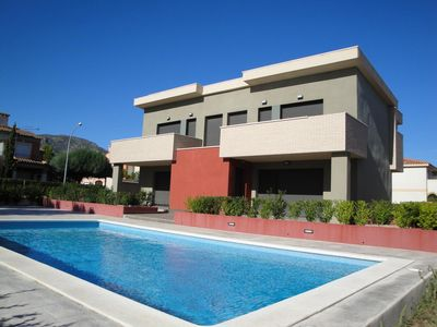 Photo for Fantastic house with community pool