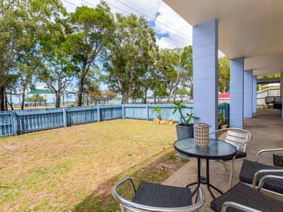 Photo for Charm and Comfort in this Ground floor unit with water views! Welsby Pde, Bongaree