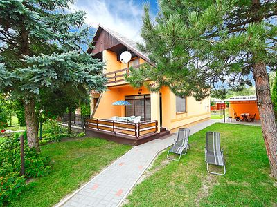 Photo for Vacation home Balaton H340 in Balatonmariafurdo - 6 persons, 3 bedrooms