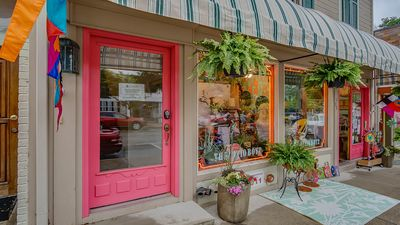 Photo for Downtown Saugatuck Apt. w/ Balcony, Dogs Welcome, Perfect Retreat Anytime!