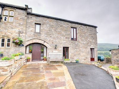 Photo for Oxnop Cottage - Two Bedroom House, Sleeps 3