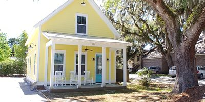 Photo for Ideal Location for marine graduation or lowcountry getaway!