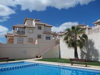 Absolutely fabulous lovely villa, very quiet and peaceful. Pool was nice and warm too.