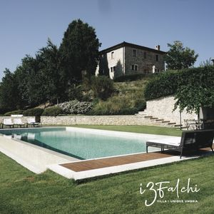 Photo for Exquisite Umbrian Farmhouse, w Guest House, Infinity Pool
