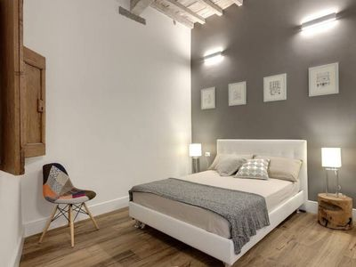 Photo for Superb apartment located in the heart of Florence in a historic building. Modern and welcoming.