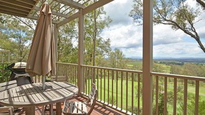 Photo for Premium Villa - Heart of the Hunter - Wineries - Golf - Convenience - Style