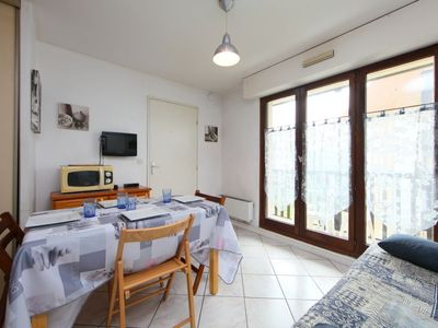Photo for Apartment Deauville Plage 1 in Villers sur mer - 4 persons, 1 bedrooms