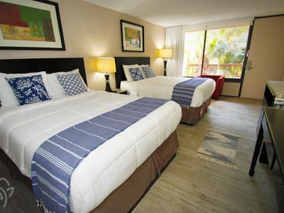 Photo for Banyan Hotel 2 Queen beds- Accessible  /2 miles from Disney