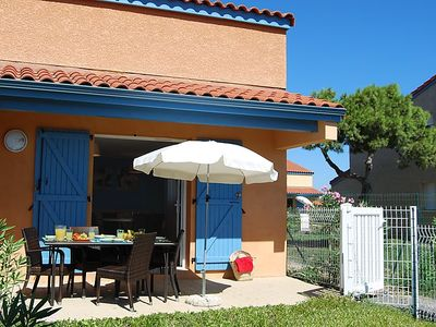 Photo for One bedroom Villa, sleeps 4 in Torreilles with Pool, Air Con and WiFi
