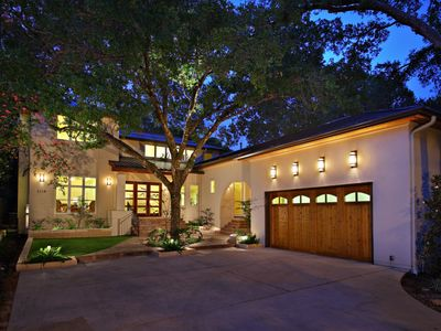Photo for Tarrytown 4bed/3.5bath Home!