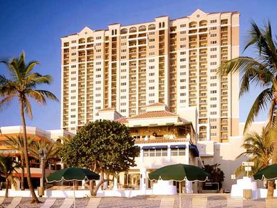 Photo for Marriott's Beachplace Towers. Two bedroom villa