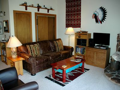 Photo for Comfortable, Cozy 2br Condo by Tahoe City, Access to HOA Ammenities. Great Value!