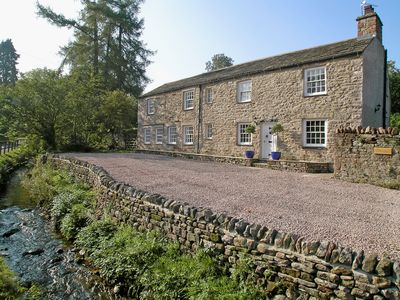 Photo for 5 bedroom accommodation in Hartley, Kirkby Stephen