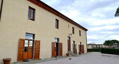 Photo for 2 bedroom Villa, sleeps 6 in Fattoria with Pool, Air Con and WiFi