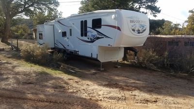 Photo for Spacious RV at Secluded and Beautiful Roughlock