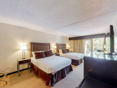 Photo for Convenient & budget-friendly room w/valley views, balcony, shared hot tub & pool