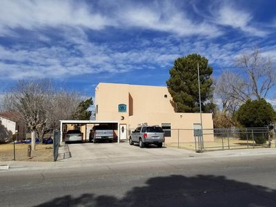 Photo for Suite Red Wolf - Near Del Sol Medical Center