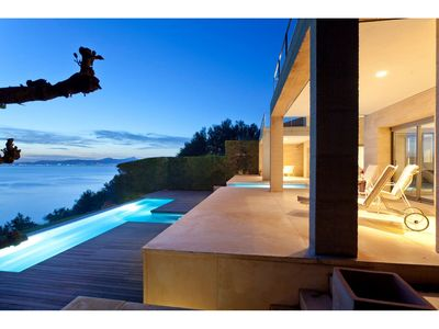 Photo for Luxury Villa for 8 with private swimming pool and Jacuzzi