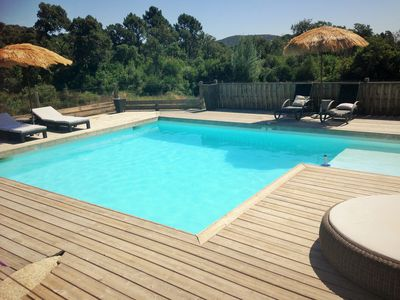 Photo for Modern family villa, heated and secure swimming pool, 4 bedrooms, 8-10pers