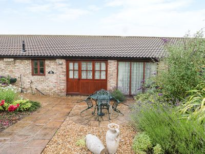 Photo for THE FORGE, pet friendly, with a garden in Beverley, Ref 961671