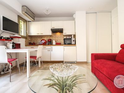 Photo for Apartment Vacation Rental in Cannes, Alpes-Maritimes