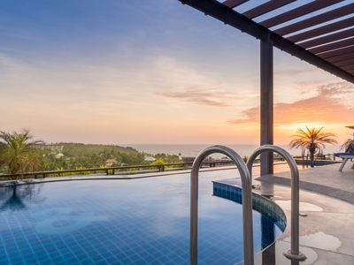 Photo for 1 BED LUXURY SEA VIEW APARTMENT