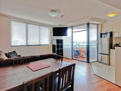 Photo for 2bed,2bath, CBD, full kitchen, free wifi, balcony