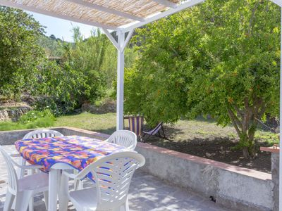 "Photo for Lovely small house with garden only a stroll away from the beach ""il Forno""."
