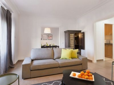 Photo for Casanovas 52 apartment in Eixample Esquerra with WiFi, air conditioning, private parking, balcony &…